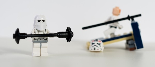 Star wars Lego figurines working out